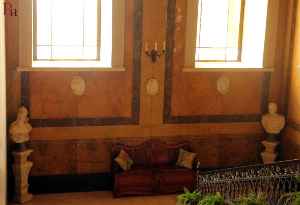 Rubi antiqua. Particolare dello scalone monumentale di ingresso al primo piano di Palazzo Jatta. Casa Museo Jatta, credits Sara Rania. Courtesy Famiglia Jatta